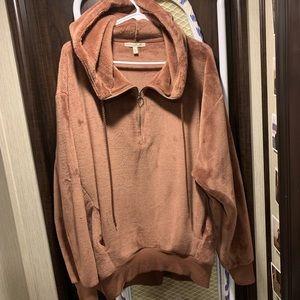 Express Plush Hoodie. Mauve color. Size M.